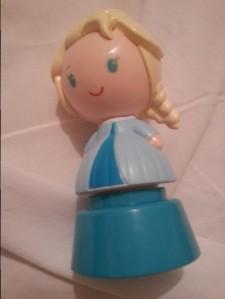 Carimbo da Elsa que a vizinha deu pra Isabela